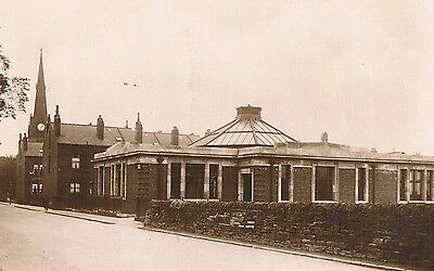 Bramley Library - Leeds -  Real Photo Posted 1946 By Lilywhite  No.bmy19