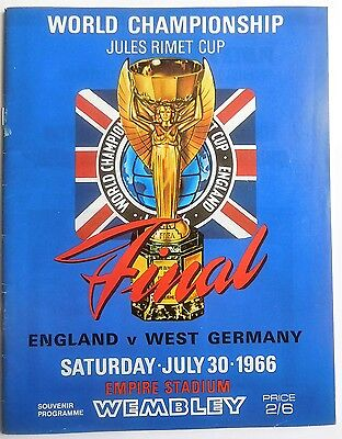 World Cup Final 1966 Programme Reprint Alf Ramsey yrs 114g SIGNED Autograph x 3