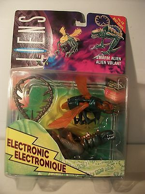 Swarm Alien Electronic Aliens action figure by Kenner 1992 Mint on card