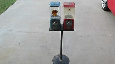 Oak Acorn 1 Cent Gumball Vending Machine Bubble Gum Chewing Old Vintage With Key