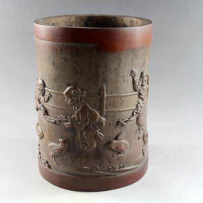 Chinese antique hand carved bamboo brush pot 5761
