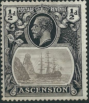 k274) Ascension Island.1924/33. MM. SG 10 1/2d Grey-black & black. Ships.