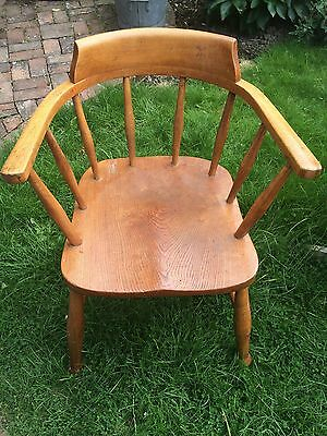 Vintage Mid Century Antique Captain's Smoking Chair