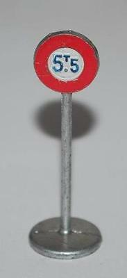 Dinky Toys - Road Sign -  Maximum Weight  5.5 T