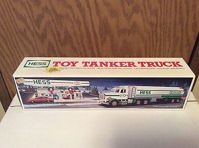 HESS Toy Tanker Truck 1990 (Brand New) Unopened Box
