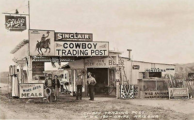 SINCLAIR GAS STATION COWBOY TRADING POST ARIZONA SCHLITZ BEER wild animals