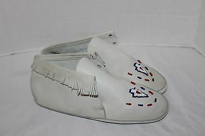 NATIVE American Indian~IVORY Leather MOCCASINS~Boots~FRINGE~Beading~7 M~No Laces