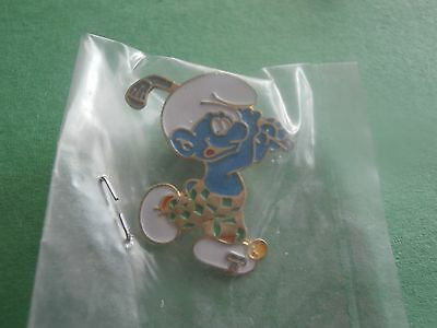 Smurf Playing Golf - New Lapel Pin