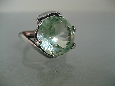Vintage Sterling Silver And 8 Carat Green Topaz Gemstone Mexican Ring Size 8.5