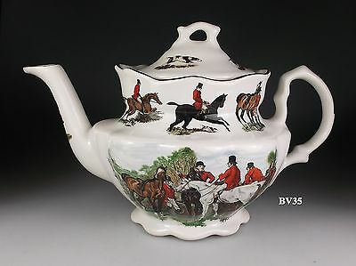 """STAFFORDSHIRE CROWNFORD THE HUNT  TEAPOT WITH LID  5"""" - hunting scenes- PERFECT!"""