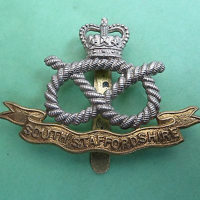 The South Staffordshire Regiment British Army/Military Hat/Cap Badge