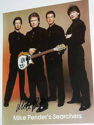 "THE SEARCHERS..""Mike Pender""..1.....(POP).AUTOGRAPH ON PHOTOGRAPH...."
