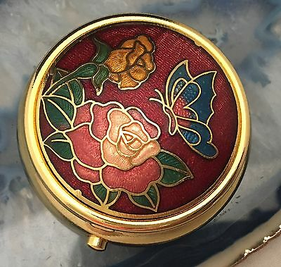 STUNNING Flowers & Butterfly Pillbox/Case Gold & Enamel with Snap Closure -L432