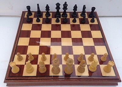 New Stunning Lacquered Inlaid Wooden Chess Board With Integral Chess Set