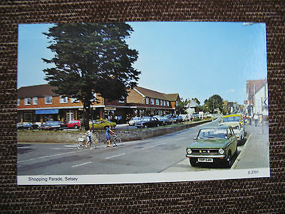 Postcard. Shopping Parade, Selsey., West Sussex. Colour. c.1960's unused