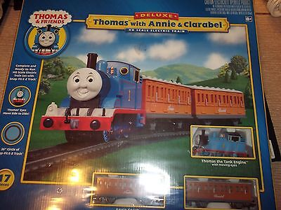 HO Bachmann Deluxe Thomas the tank set with Annie and Clarabel