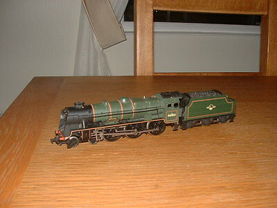 MAINLINE LMS ROYAL SCOT CLASS 4-6-0 LOCO No 46100 ROYAL SCOT in BR Green Livery