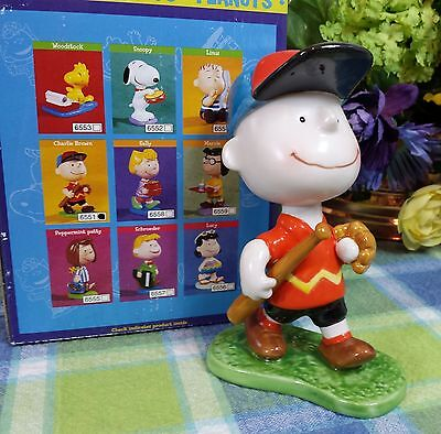 Flambro Snoopy Peanuts Charlie Brown with Baseball glove and bat