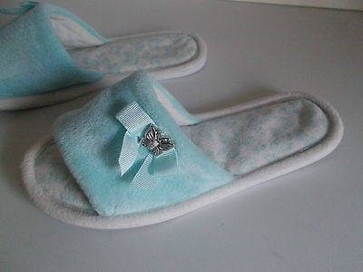 LADIES/GIRLS PRETTY GREEN SLIPPERS SIZE 3 BY TU at SAINSBURY