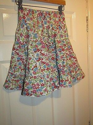 MINI BODEN WHITE WITH RED BLUE FLORAL SKIRT - Age 7 / 8 Years