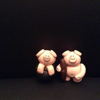 Set Of 2 Little Pig Ornaments. Great Christmas Stocking Fillers!