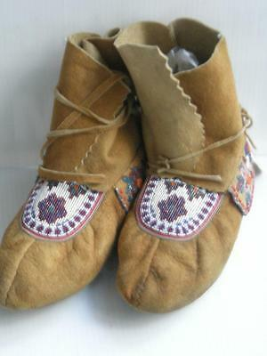 Rocky Boy Chippewa Indian  Beaded Moccasins Montana Antique/ Vintage - Nr