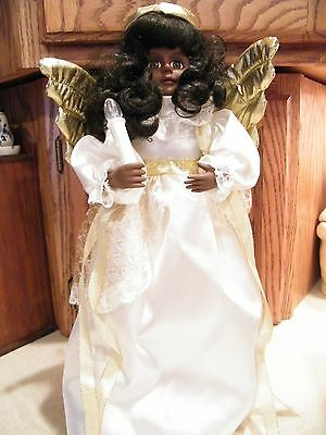 Telco Holiday Time African American Christmas Angel with Gold Wings Motionettes