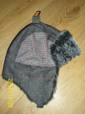 BNWT - FROM NEXT - BOYS WINTER TRAPPER STYLE HAT - Sz 7 to 10YRS - RRP £8