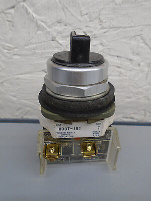 800T-J91 with XD2 & XD1 contact block Allen Bradley Selector Switch 800J91   X71