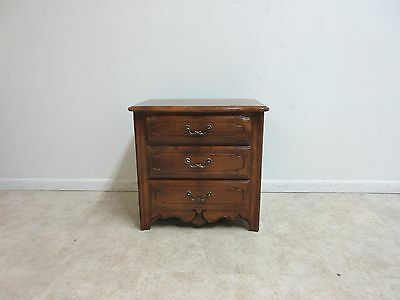 Ethan Allen Country French Carved Lamp End Table Night Stand  B