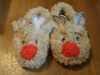 Unisex childs Reindeer slippers, size 6 - 7 (come up small more 5) barely worn
