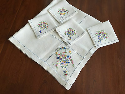Antique Linen Embroidered Tablecloth 4 Napkins, Vase, Flowers..pretty needlework
