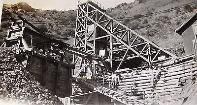 2 ANTIQUE EARLY 1900s PHOTOGRAPHS GOLD MINE MINING OPERATION EASTERN OREGON