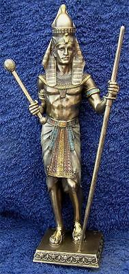 Nemesis Now 24cm Tall Resin EGYPTIAN SLAVE MASTER  Pharaoh Pyramid Egypt