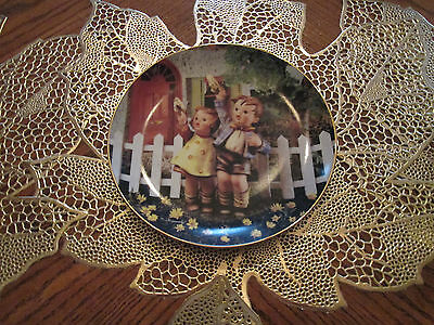 M.I. Hummel Little Companions set of 12 decorative plates Danbury Mint 1990