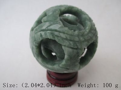 Chinese hand carved jade jade dragon ball. Ssangyong play pearl/stents