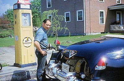 ATLANTIC RICHFIELD GAS and OIL SERVICE STATION  PUMP ATTENDANT 1953 CADDILAC