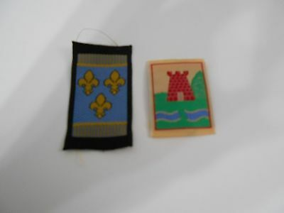 (Oe4-R) Two Quebec Scout Badges    Canadian Scout Badges