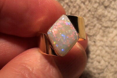 -Unikat- 750er Gold-Ring mit Multicolor Edelopal mit Video !!