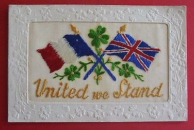 1914-1918 WORLD WAR I SILK Postcard UNITED WE STAND - FRENCH & UNION JACK FLAGS