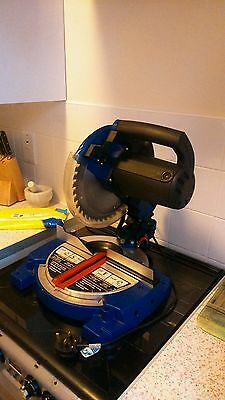 Bosch Compound mitre saw,230V 50HZ 1800W 5600RPM