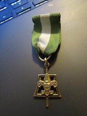 Vintage Scoutmaster Key Award Green White  Ribbon 1/2010K GF Boy Scouts 1960s