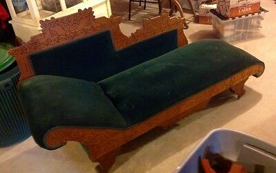 Beautiful Antique Victorian Fainting Couch