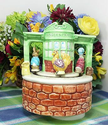 "Schmid Beatrix Potter Music Box ""Ginger & Pickles Tableau"" 1983"