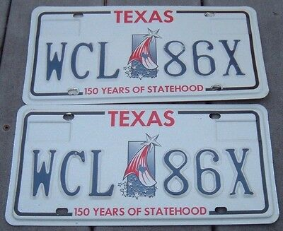 PAIR TEXAS license plates in MINT condition - WCL 86 X    150 Years of Statehood