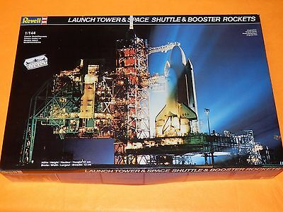 Revell® 4911 Launch Tower & Space Shuttler with Booster / Maßstab 1:144