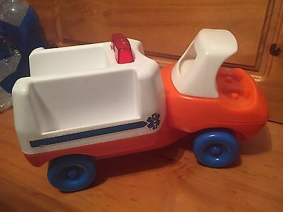 Vintage LITTLE TIKES Toddle Tots Ready Rescue Emergency Ambulance RARE