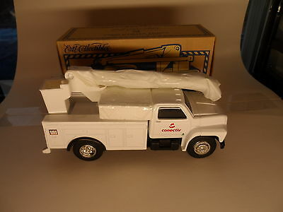 Conective Ford Utility Diecast Truck Electric Company New by ERTL