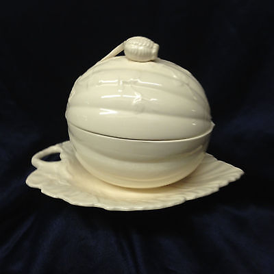 Hartley Greens Leeds England Squash & Leaves Covered Tureen Attached Under Plate
