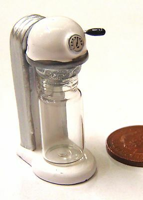 1:12 Scale Dolls House Miniature Cafe Kitchen Accessory White Soda Drink Machine